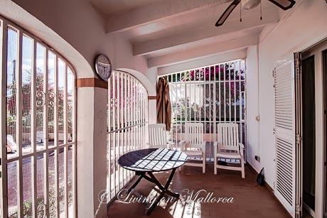LOM0053-15 Terrasse Eingangsbereich
