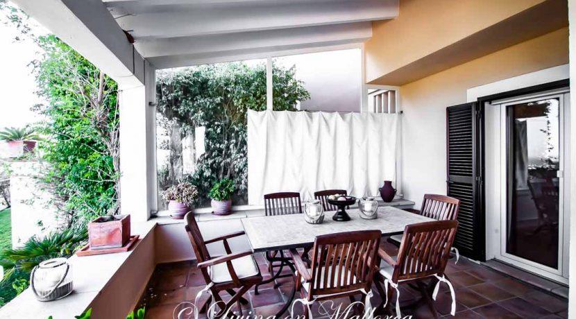 LOM0054-11 Terrace