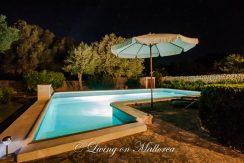 LOM0052-32 Pool bei Nacht