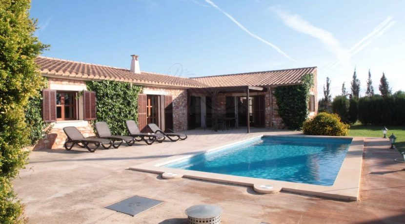 LOM0029-20 Terrasse und Pool