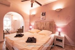 LOM0059-18 Schlafzimmer Erdgeschoß