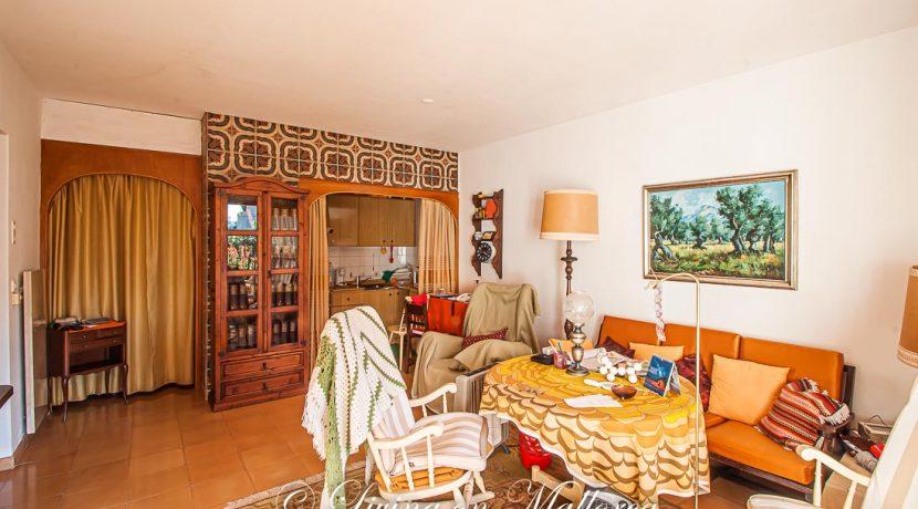 LOM0062-05 Wohnzimmer mit Küche
